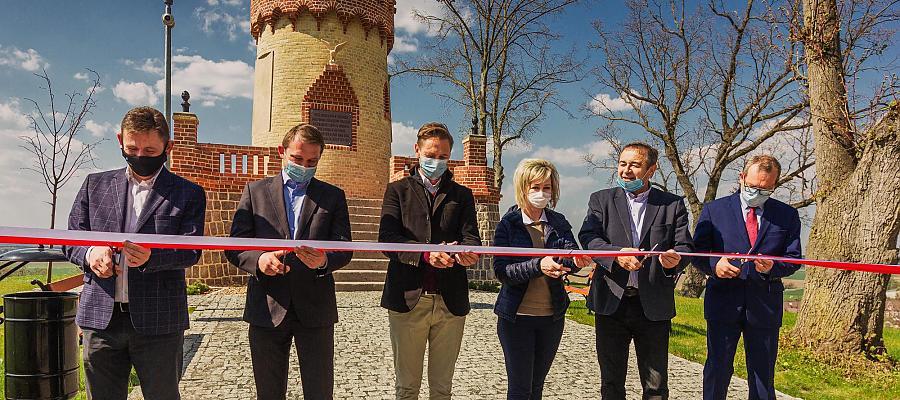 Wieża widokowa w Cedyni po rewitalizacji została uroczyście otwarta 28 kwietnia 2021 r. Fot. UM w Cedyni.